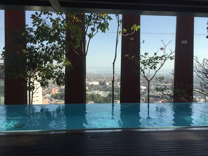 Amazing view to Reforma