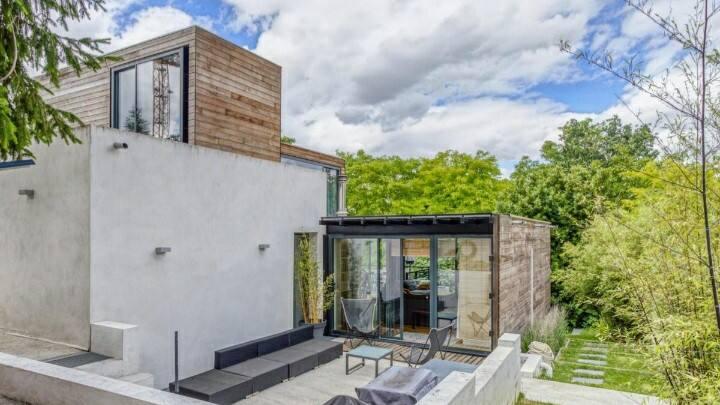 Chambre indépendante dans maison d'architecte