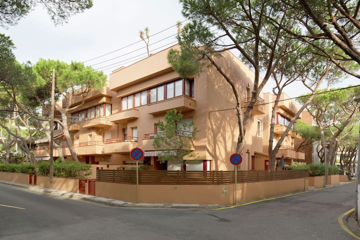 Spacious Apartment in Platja d'Aro with Terrace