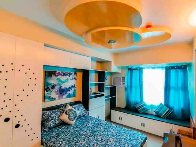 Best staycation at Horizons 101 - STUDIO UNIT