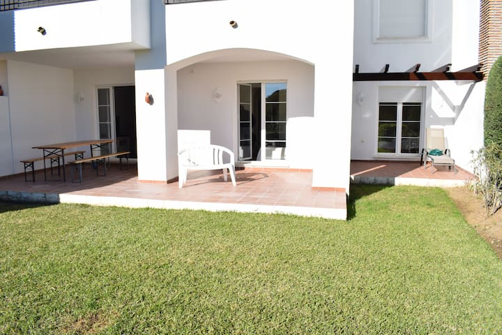 3 Bed Garden Apartment Benahavis R117 - Benahavís - Apartment