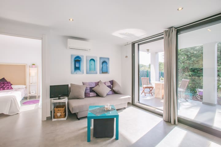 New and cozy with beautiful garden - Girona - Apartemen