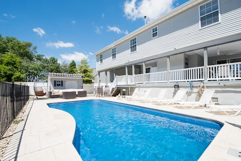 Spacious Ocean Gate Bay View Home with Heated pool