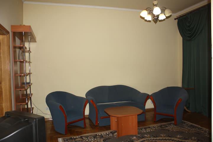 2-комнатная на пл.Мира  - Mukacheve - Apartment