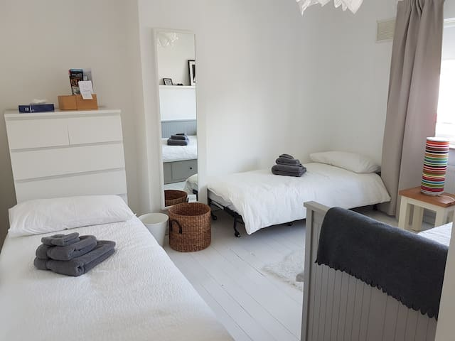 Versatile room in a great location