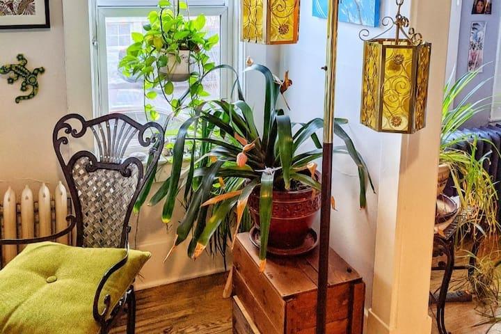 NEW Boho studio/office  suite in trendy  Inglewood