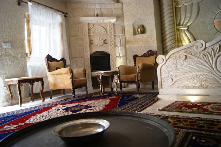Traditional Cave Suite in Ortahisar
