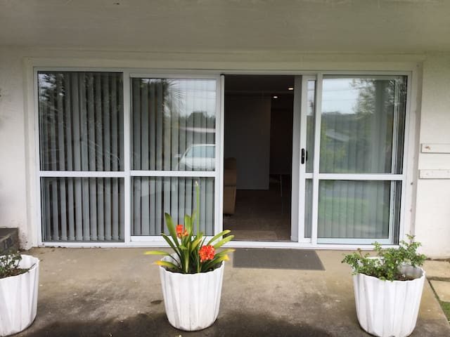 Modern guest suite close to Auckland Airport