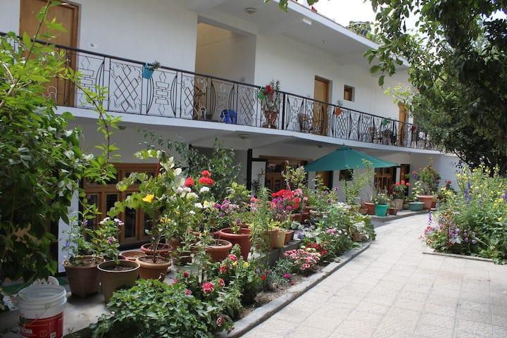 Travellers House, Leh