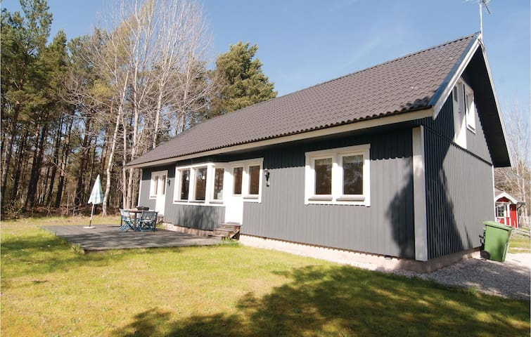 Holiday cottage with 3 bedrooms on 85m² in Gotlands Tofta