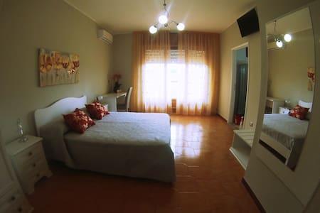 Camera doppia a Tricase (vicinissima all'ospedale) - Apartamento