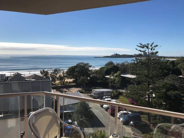 Mooloolaba Beachfront Apartment