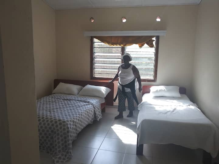 Malindi 3 bedroom gated house close to town