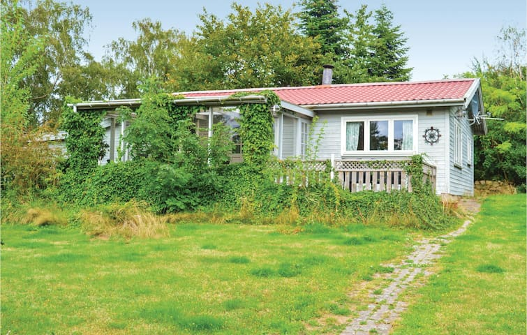 Holiday cottage with 2 bedrooms on 72m² in Jægerspris