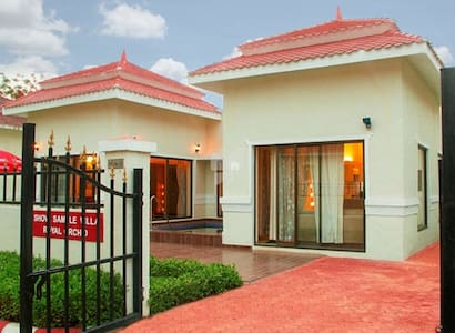 Luxurious A/C Villa, Plunge Pool Mumbai @ INR 6000