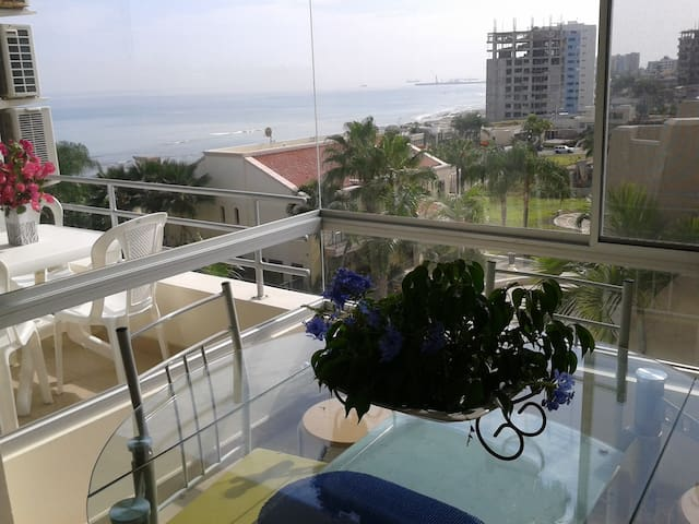 Vivir seguro junto al mar. Vista !! - Manta - Apartment