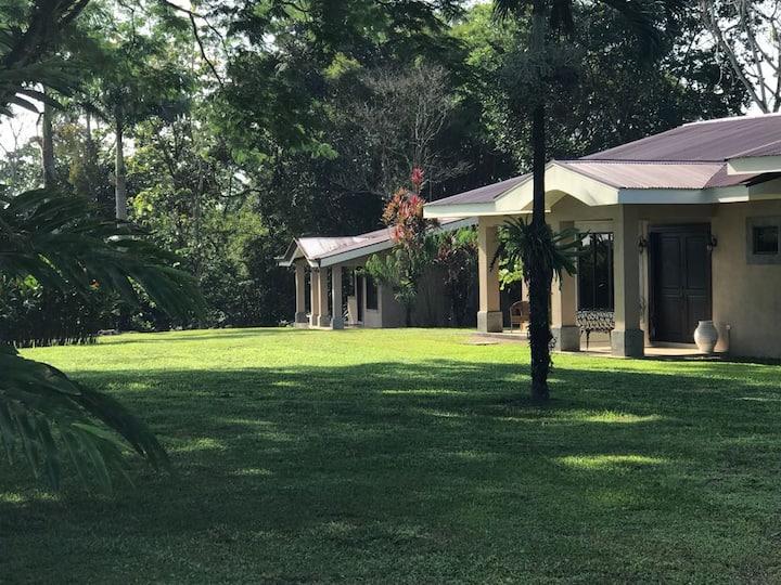 Agua Milagrosa Villa