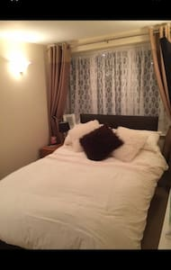 Double room with en suite toilet and tv