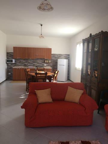Casa vacanze da Nicola - มาร์ซาลา - บ้าน
