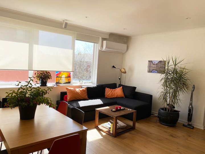 Beautiful Apartment in the Heart of St Kilda