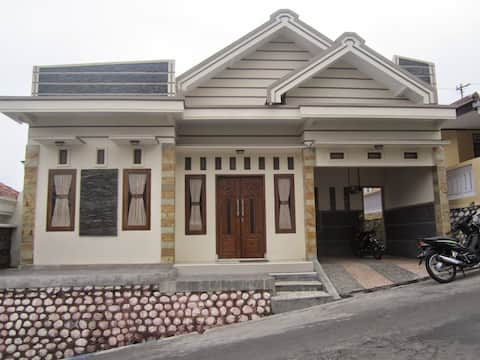 Villa Tengger Asri 2 Bromo Mountain Saves and Cheap