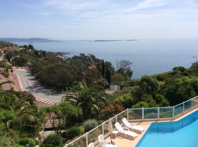 Wonderful view on Cannes bay - Théoule-sur-Mer - Lägenhet