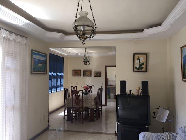 Apartamento Inteiro no Cascatinha.