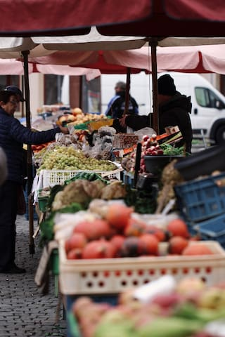 Wander around the many outdoor markets and discover fresh local produce and handmade crafts.