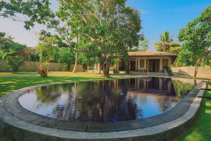 Antiq Villa