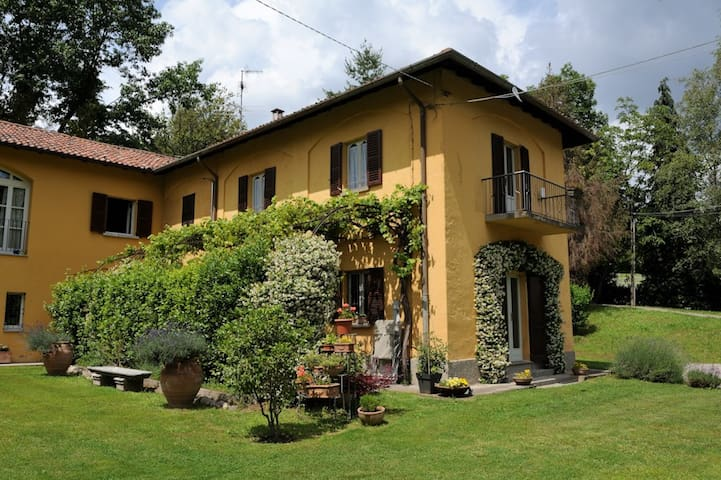 RELAXING COUNTRY HOUSE NEAR COMO