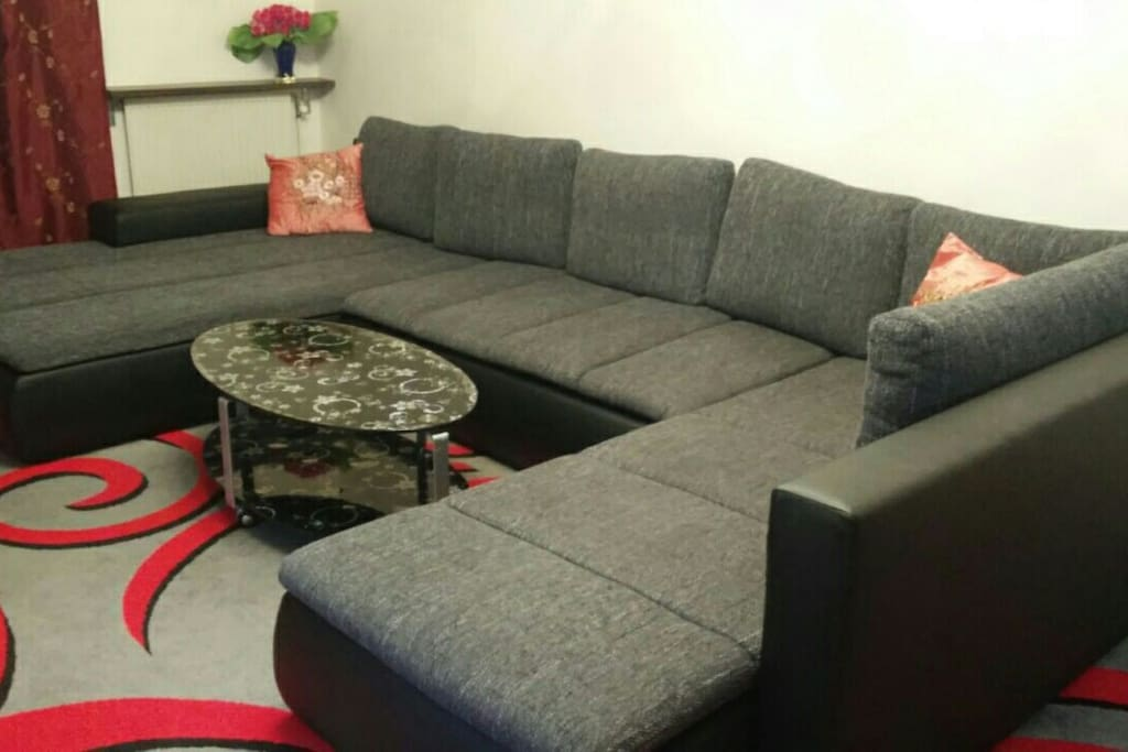 Big couch that can be converted to 4m bed