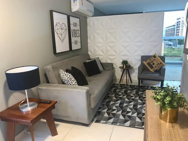 Apartamento conceito aberto, moderno e confortável.