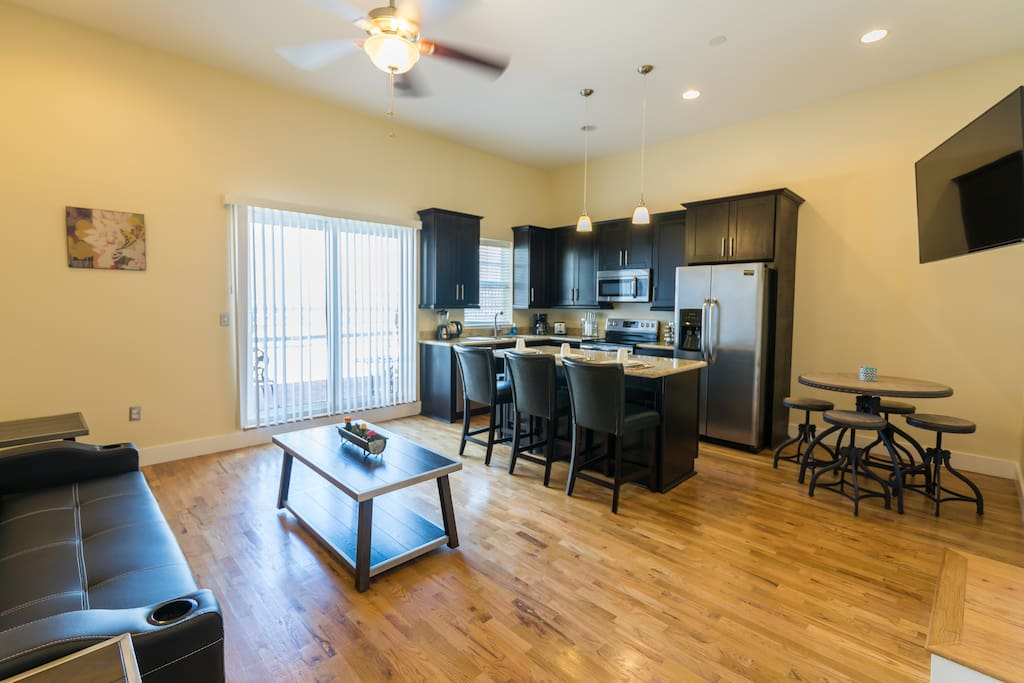 Beautiful penthouse steps from french quarter condominiums for rent in new orleans louisiana for 1 bedroom for rent new orleans