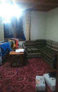 Большая комната с панорамой на горы! - Krasnaya Polyana