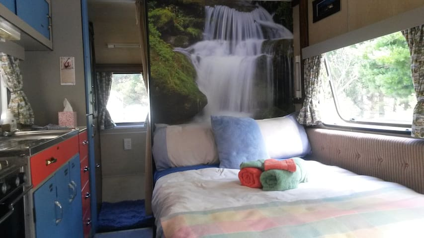 Cascade Caravan,see Buttercup Caravan host reviews - Lake Hawea