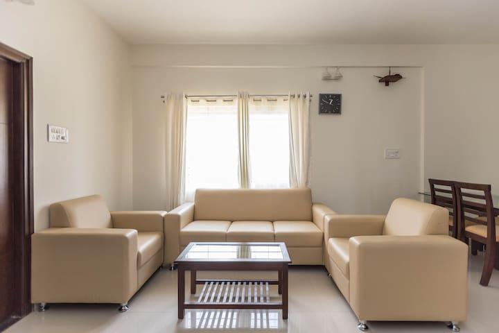 (Hidden by Airbnb) one Three Six Five Inn Rooms