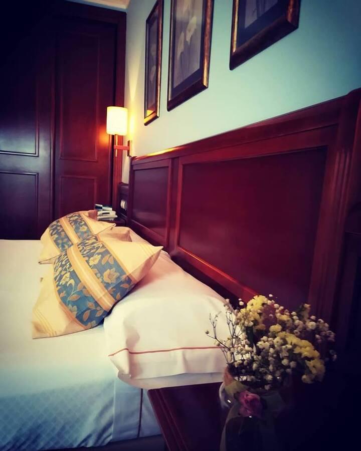 Hotel Villa de Gijon (habitación triple)