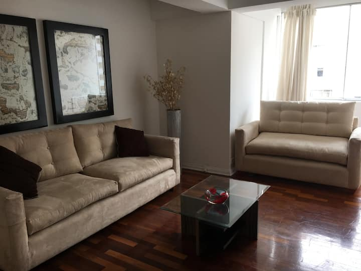 Heart of Miraflores Suite