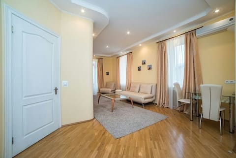 Уютные апартаменты в самом центре Киева.