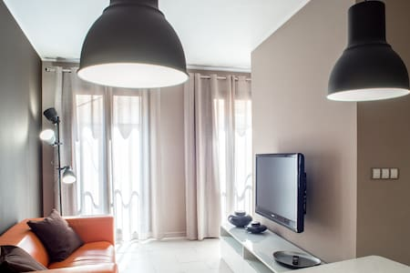 PEP 01 · Modern Apartment with smart key