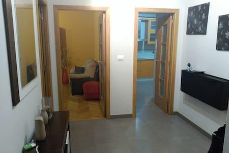 Amplio piso para vacaciones En Moaña - Moaña