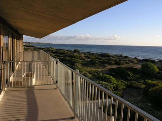 Moonta Bay Beach Villa 3