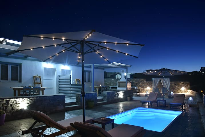 Blue View Villa #2 (with Pool/BBQ)