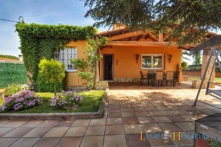 Villa Ester Soleia - C019 - リョレート・デ・マル