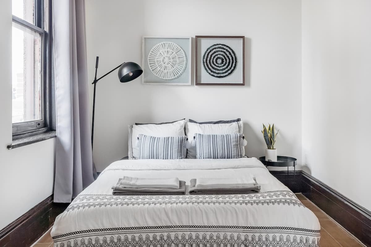 Cozy and Private Studio Apartment at Spring Garden