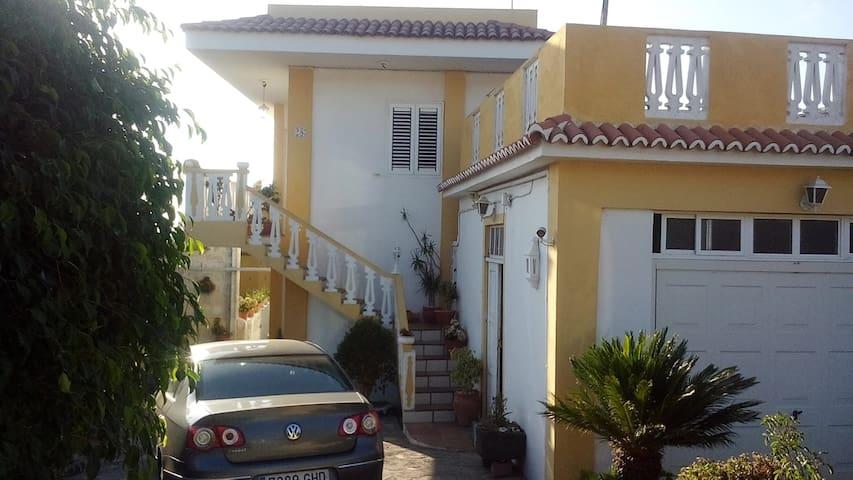 Casa Las Laderitas A