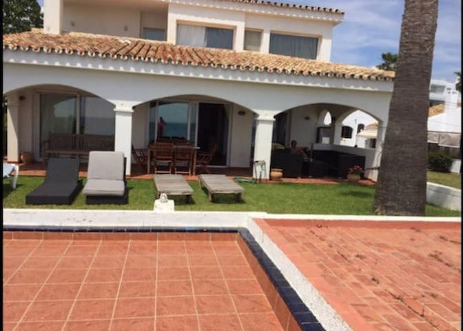 LUXURIOUS BEACH VILLA - Mijas - Vila