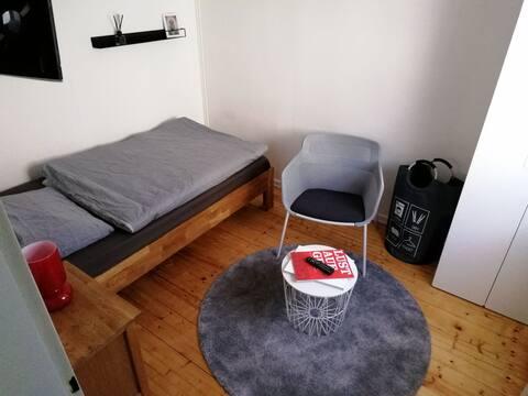 Kleines gemütliches Gästezimmer im Leinebergland