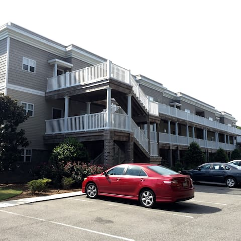 Condo close to Oak Island, Caswell, and Southport - Southport - Condominium