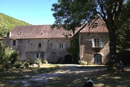 Idyllic mill-house near Rocamadour - Calès, Lot
